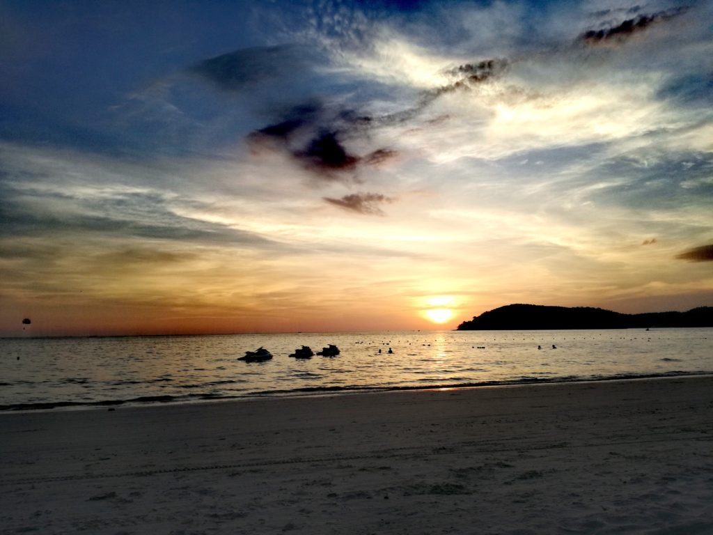 sunset langkawi malaysia pantai cenang